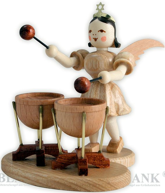angel with short pleated skirt and double kettledrums