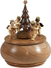 music box group of angels around Christmas tree / natural coloured